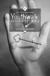 0310900883   NIV Youthwalk Devotional Bible