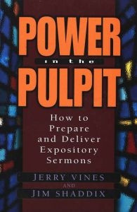 0802477402   Power in the Pulpit